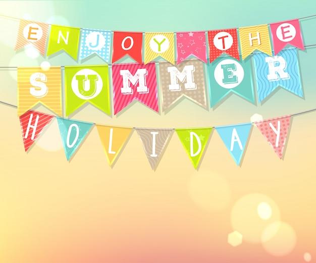 Pendurar bandeiras coloridas com inscrição. férias de verão e férias