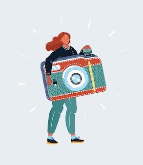 Pequena mulher com câmera fotográfica grande nas mãos dela