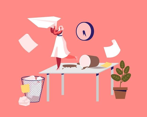 Pequena personagem de mulher de negócios em um local de trabalho bagunçado