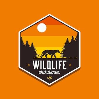 Peregrino da vida selvagem para design de crachá ao ar livre ou camiseta de aventura
