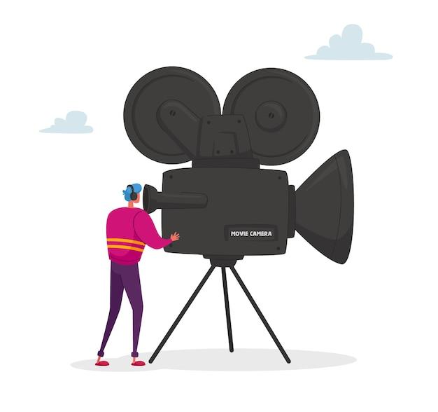 Personagem cinegrafista olhando através de uma câmera no tripé fazendo um vídeo