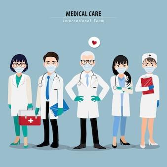 Personagem de desenho animado com profissionais médicos e enfermeiros usando máscara médica no rosto e juntos