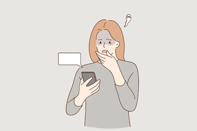 Personagem de desenho animado de garota preocupada e preocupada olhando para a tela do telefone