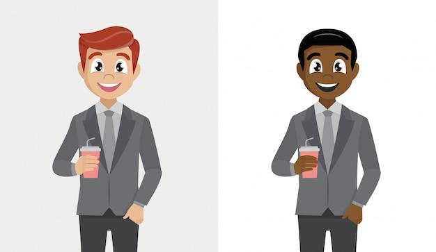 Personagem de desenho animado de homem de negócios segurando uma xícara de café de papel.