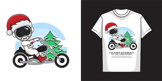 Personagem de desenho animado do astronauta papai noel está dirigindo uma motocicleta com design de camiseta