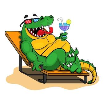 Personagem de desenho animado do jacaré engraçado sentar em espreguiçadeiras e desfrutar de uma bebida na praia nas férias de verão