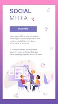 Personagem de equipe de marketing desenvolver banner móvel de interface do usuário