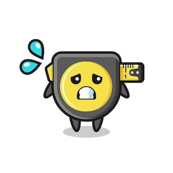 Personagem de mascote de fita métrica com gesto de medo, design fofo