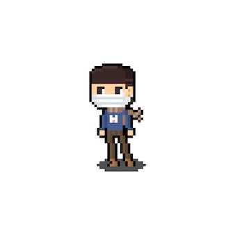Personagem de menino de arte pixel dos desenhos animados usando máscara e lenço marrom.