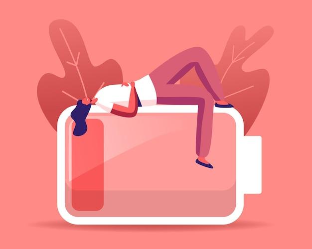 Personagem de mulher de negócios cansada ou abatida deitada em uma bateria enorme com nível de carga vermelho baixo