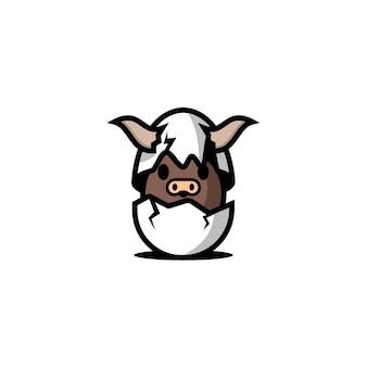 Personagem de touro em ovos