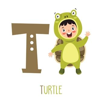 Personagem em fantasia de animal mostrando a letra do alfabeto
