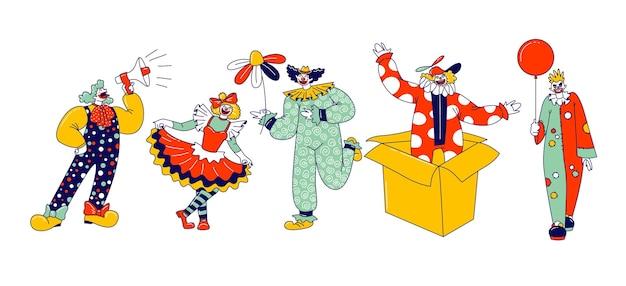 Personagens de palhaço de circo. funsters engraçados carnaval masculinos e femininos ou bufões em trajes brilhantes, periwig, maquiagem e show de apresentação de nariz falso no palco do circo. ilustração em vetor de pessoas lineares