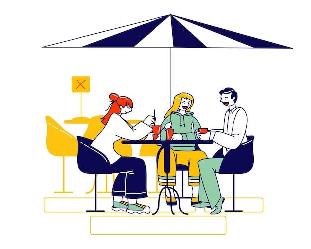 Personagens dos visitantes sentam-se no café ao ar livre desinfectado