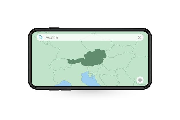 Pesquisando o mapa da áustria no aplicativo de mapa do smartphone. mapa da áustria no telefone celular.