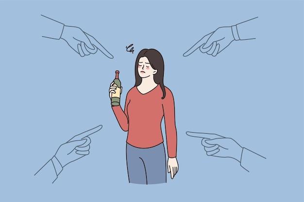 Pessoas apontam para uma mulher com problema de dependência de álcool