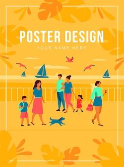 Pessoas caminhando no cais à beira-mar. personagens turísticos um lindo casal com crianças admirando barcos no mar e gaivotas. ilustração plana para beira-mar, férias de verão no conceito de oceano