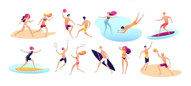 Pessoas da praia. férias de verão família praia homem ativo mulher praticando esportes em pé banho de sol andando mar crianças conjunto