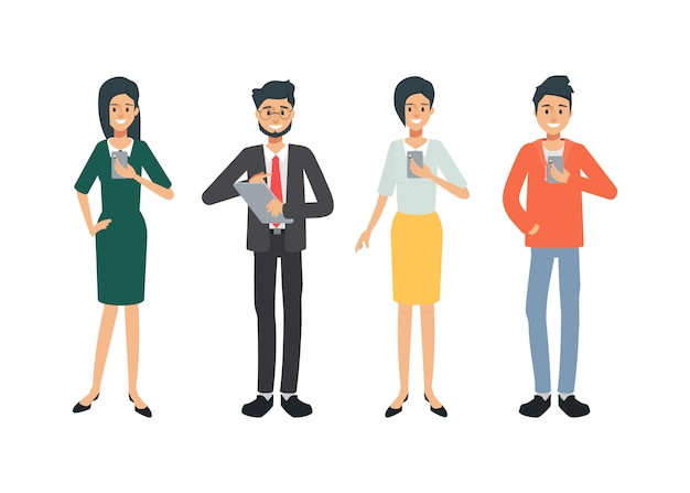 Pessoas de conceito de mídia social. grupo de caráter de pessoas de escritório. todos os membros usando o aplicativo.