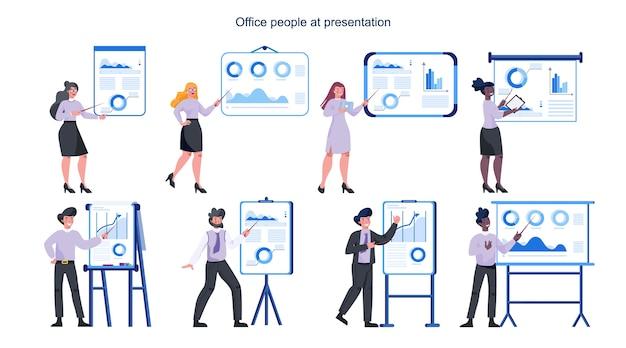 Pessoas de negócios fazendo apresentações. mulher e homem apontando