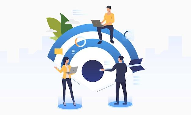 Pessoas de negócios, trabalhando e definindo o destino da empresa