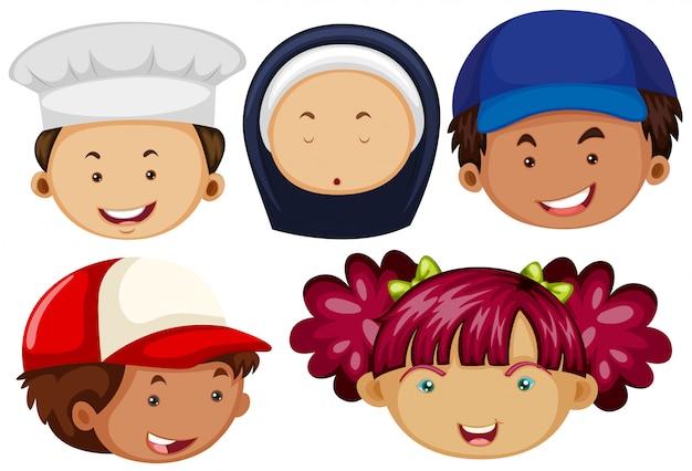 Pessoas diferentes com rostos felizes