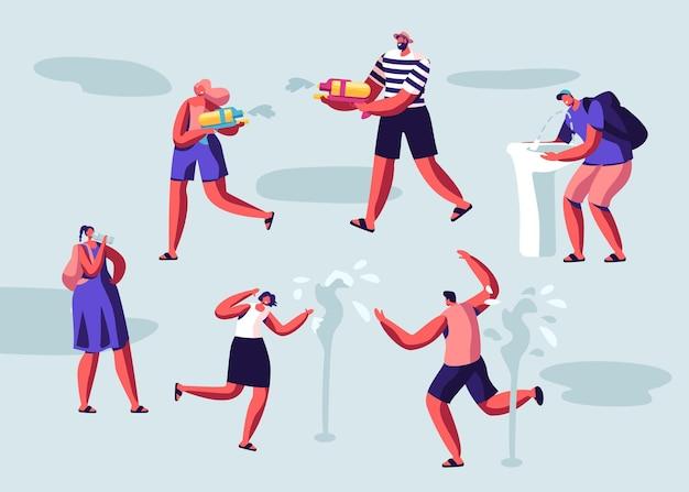 Pessoas felizes, espirrando e brincando com água no clima quente da temporada de verão. ilustração plana dos desenhos animados