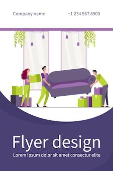 Pessoas felizes se mudando para uma nova casa. personagens de desenhos animados carregando caixas de papelão e sofás dentro de casa. modelo de folheto