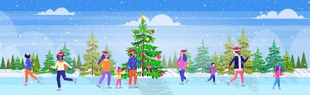 Pessoas patinando na pista de gelo do lago congelado, recreação atividade esportiva de inverno nos feriados