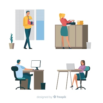 Pessoas que trabalham no escritório