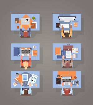 Pessoas, usando, computadores, empresários, mão, local de trabalho, desktop vista superior, ângulo, laptop, desktop, trabalho equipe
