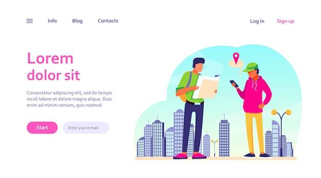 Pessoas usando mapa de papel e aplicativo de localização no celular. turistas encontrando seu caminho na cidade. navegação, conceito de viagem para design de site ou página de destino
