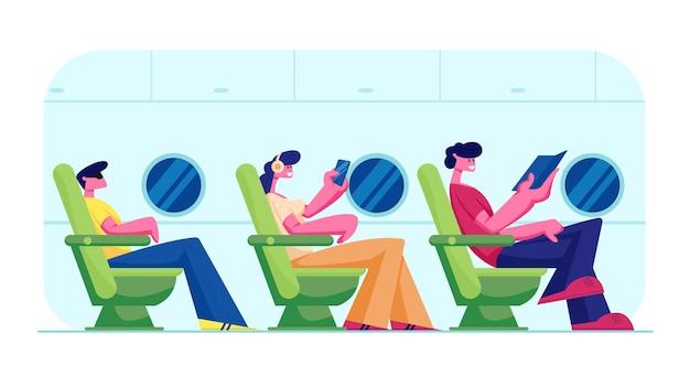 Pessoas viajando de avião