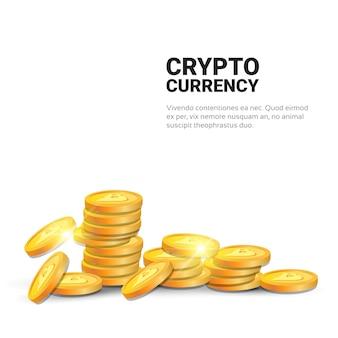 Pilha de bitcoins isolado no fundo branco