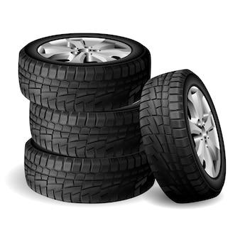 Pilha de borracha de inverno, oficina de pneus.