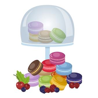 Pilha de macaroons coloridos com bagas e na bandeja