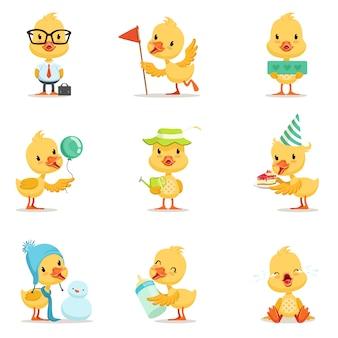 Pintinho de pato amarelo pequeno conjunto de emoções e situações de ilustrações bonitos de emoji