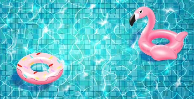 Piscina com anel flutuante de natação realista, água azul, ondulações e destaques.