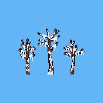 Pixel art árvore morta coberta de neve.