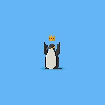 Pixel rei pinguim com coroa de ouro
