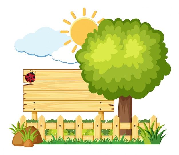 Placa de madeira com joaninha no jardim