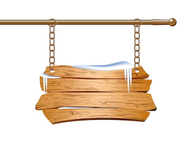 Placa de madeira suspensa por correntes.