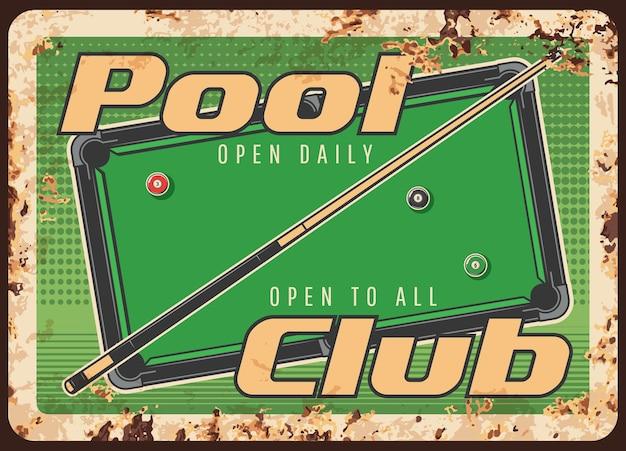 Placa de metal enferrujada do clube da piscina