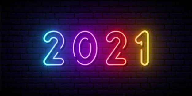 Placa de néon 2021.