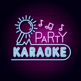 Placa de néon de karaoke bar. exibição de sinal de luz de néon conduzida.