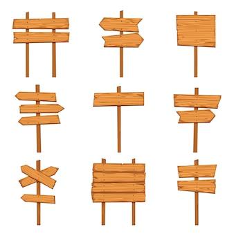 Placas de madeira e sinais de seta.