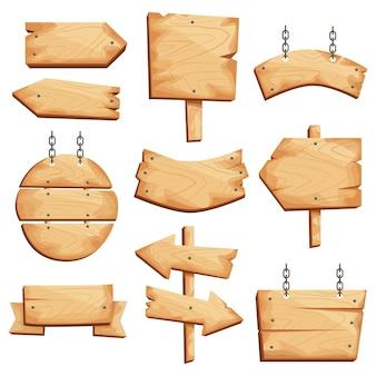 Placas de madeira, placas e sinais de diferentes formas, setas. tábua rústica, uma tábua com lugar.