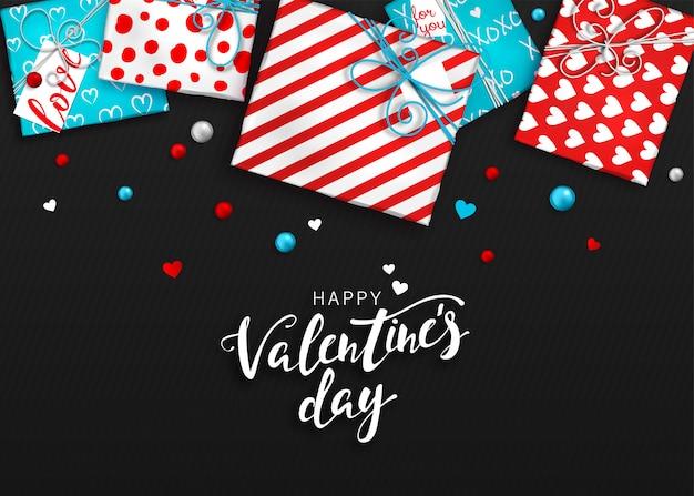 Plano de fundo dia dos namorados. caixas de presente vermelhas e azuis em papel de presente
