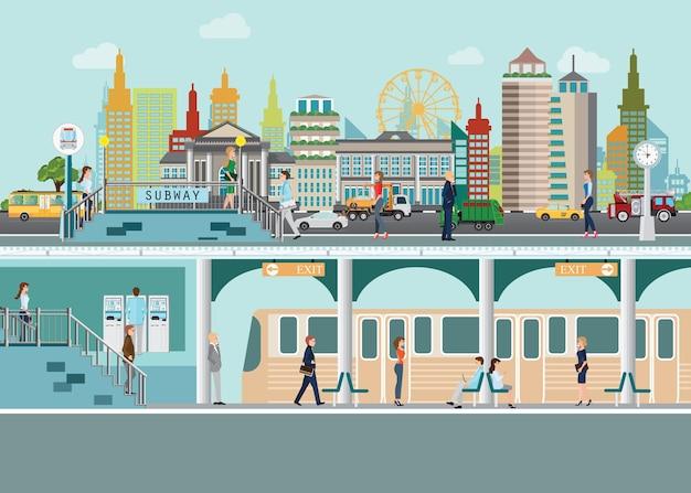 Plataforma de estação de trem de metrô sob rua da cidade
