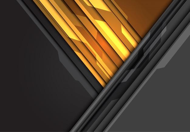Poder amarelo da luz do triângulo no fundo cinzento do espaço vazio do circuito.